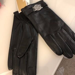 MICHAEL Michael Kors Leather - Large